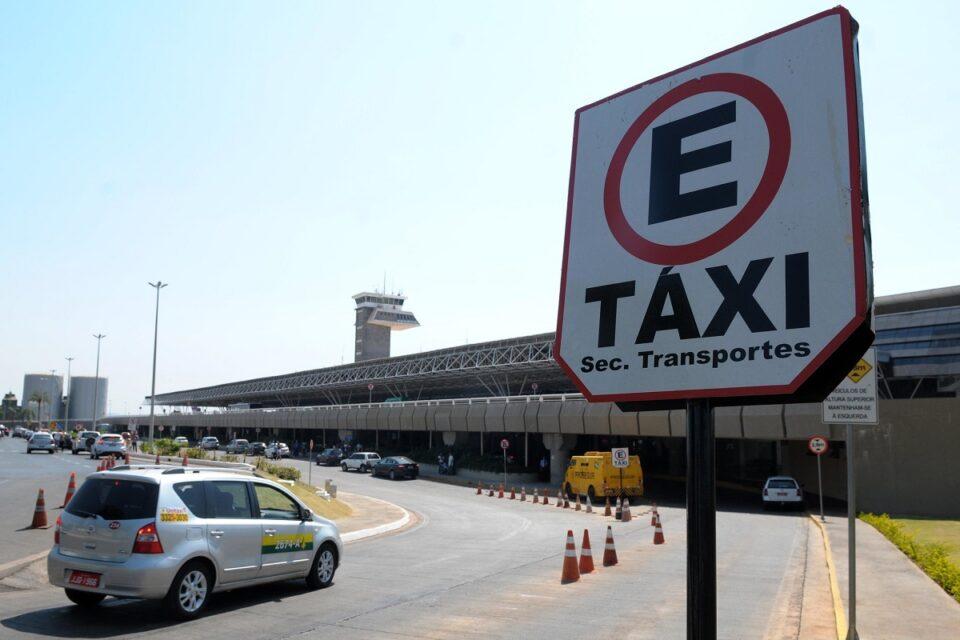 Taxistas no Aeroporto de Brasília
