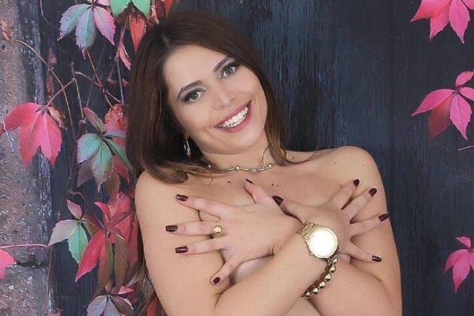 Flávia Tamayo é ex-capa da Playboy