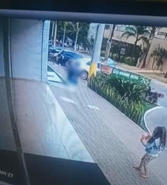 Mulher é presa por esfaquear idosa em Águas Claras